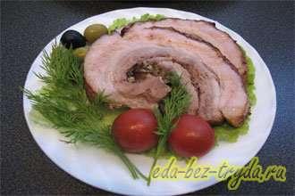 Мясной рулет из свиной прослойки