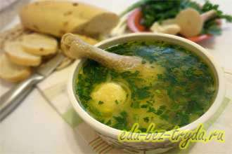 Быстрый суп на курином бульоне с сырными шариками