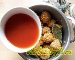 Тефтели в томатном соусе 6 шаг