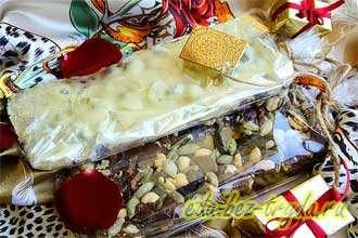Домашние шоколадные плитки с сухофруктами, орехами и семечками