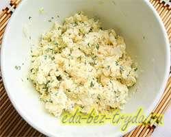 Салат из плавленных сырков 4 шаг