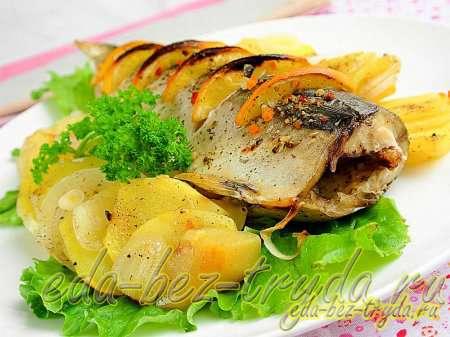 Скумбрия в духовке с картошкой рецепт с фото