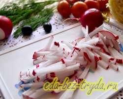Салат с пекинской капустой и маслинами 2 шаг