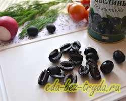 Салат с пекинской капустой и маслинами 4 шаг