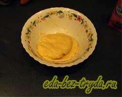 Пирог с клубникой и творогом 3 шаг