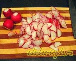 Салат с крабовыми палочками и овощами 5 шаг