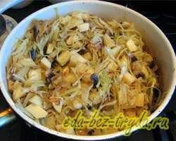 Тушеная картошка с капустой и грибами 8 шаг