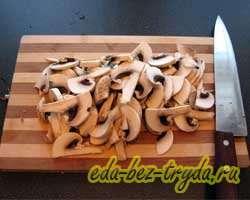 Тушеная картошка с капустой и грибами 4 шаг