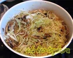 Тушеная картошка с капустой и грибами 7 шаг