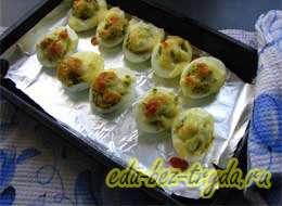 Фаршированные яйца с сыром 11 шаг