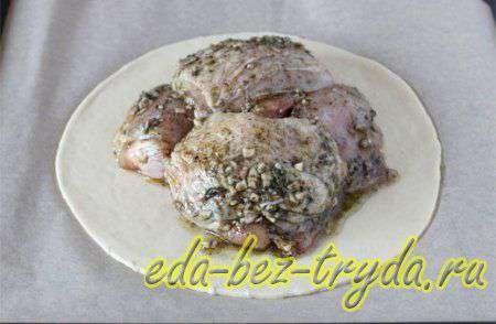 Куриные бедра запеченные в духовке 7 шаг