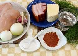 как приготовить Котлеты куриные с брынзой и копченой грудинкой