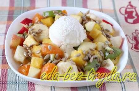 Фруктовый салат с мороженым 9 шаг