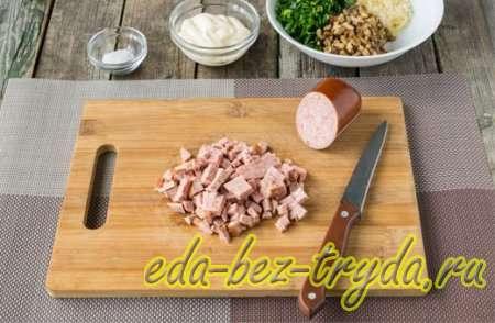Фаршированные шампиньоны колбасой и сыром 5 шаг