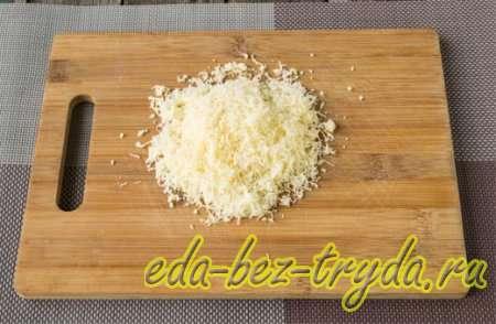 Фаршированные шампиньоны колбасой и сыром 3 шаг