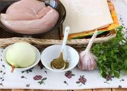 как приготовить Закусочные розочки из курицы и слоеного теста