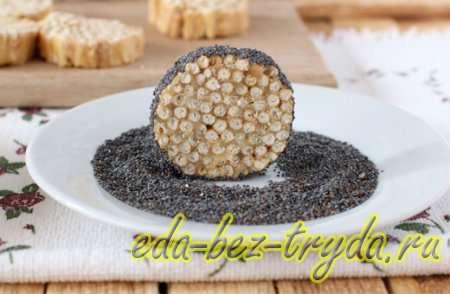 Обваливаем печенье в панировке из кунжута и мака - шаг 9