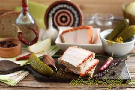 Вареное соленое сало с острым перцем «Пикантное» рецепт с фото